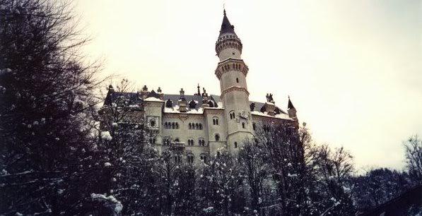 Neuschwanstein Castle in Hohenschwangau, Bayern