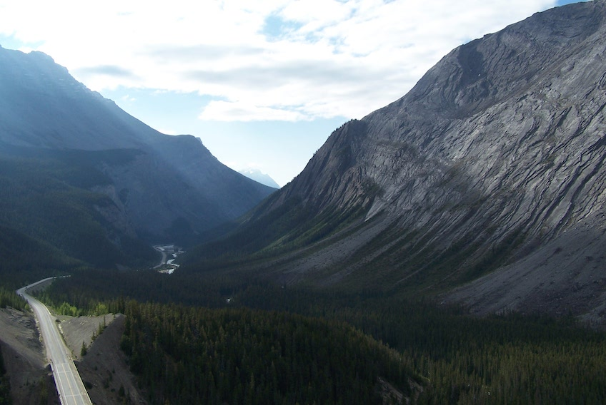 Back down the Icefields Parkway