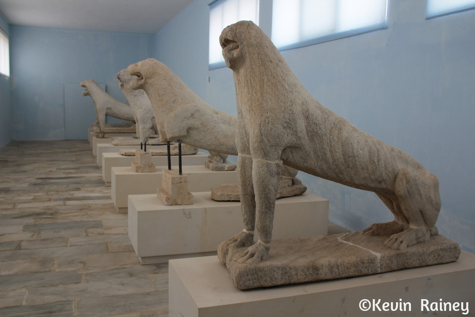 The Naxian lions
