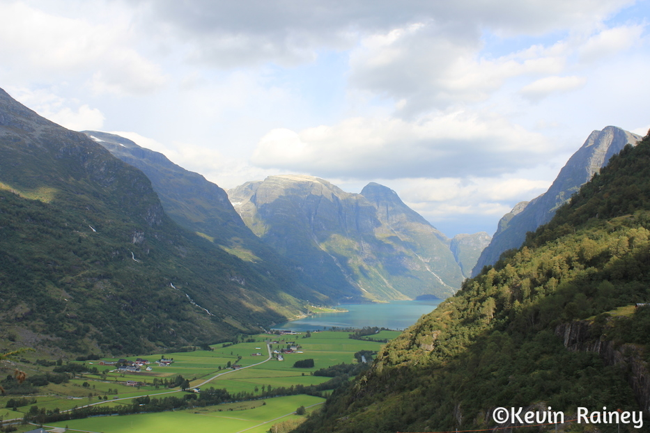 The Brenndal Valley on the descent from the Brenndalsbreen